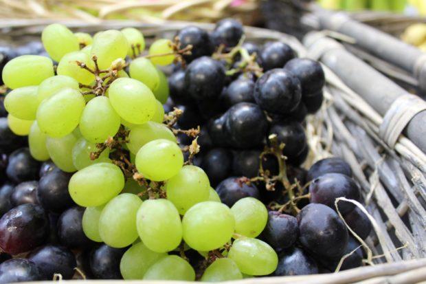 Raisin blanc et noir